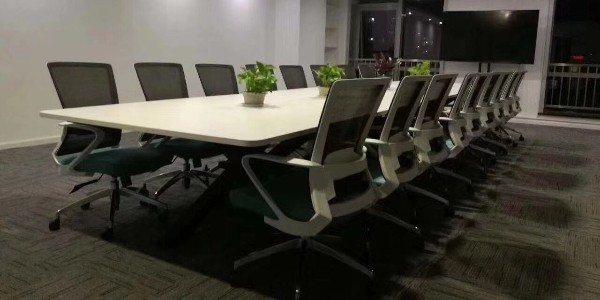 如何才能选择到靠谱的长沙办公家具厂呢?