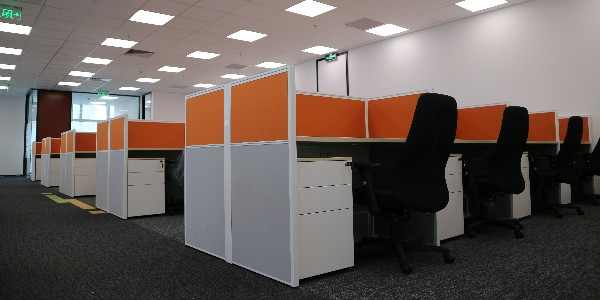 长沙办公家具厂在设计时应注意哪些问题?