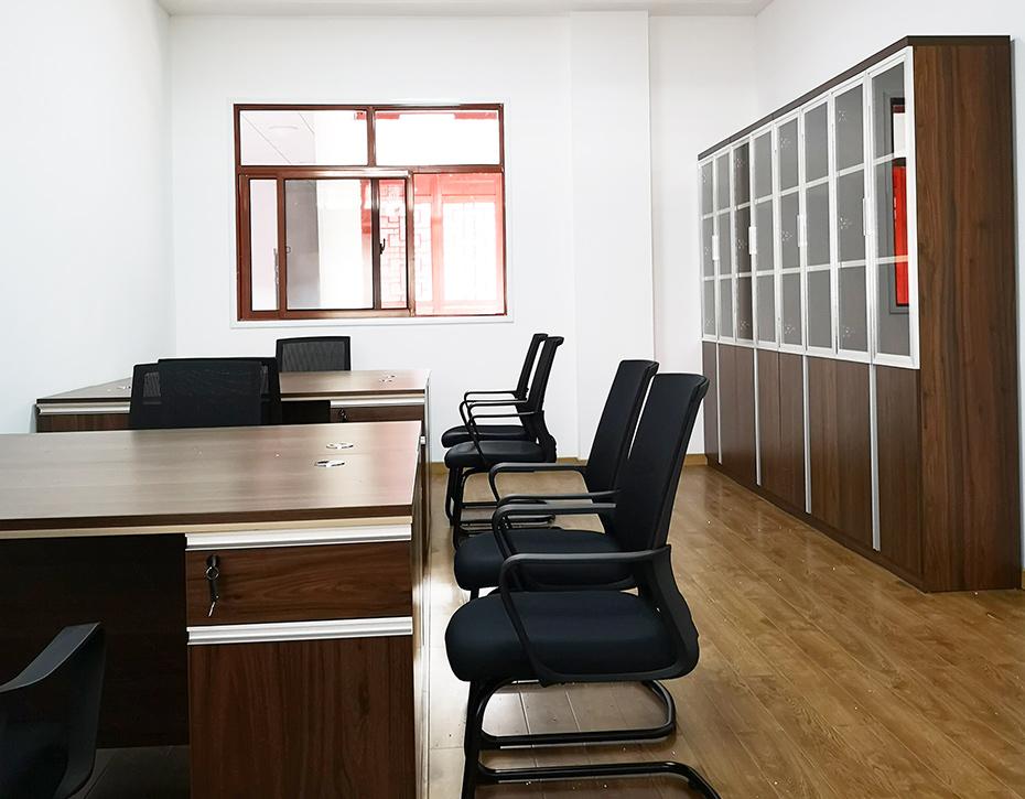 如何选择高端的办公家具?长沙办公家具告诉您!