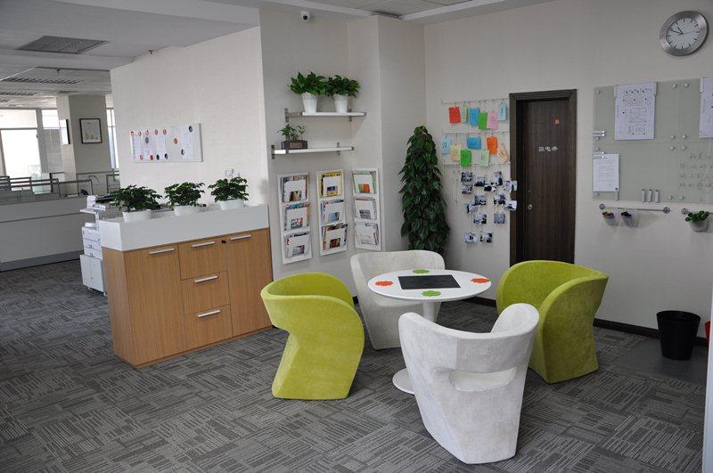 凯程药品公司选对长沙办公家具,一切让产品说话