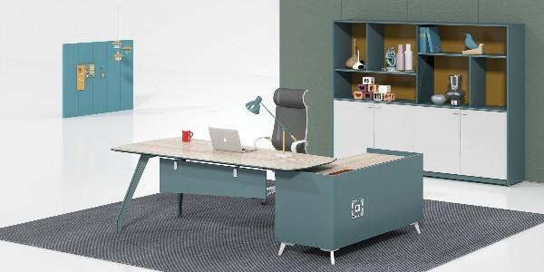 长沙办公家具厂需要以特色产品或业务赢得客户