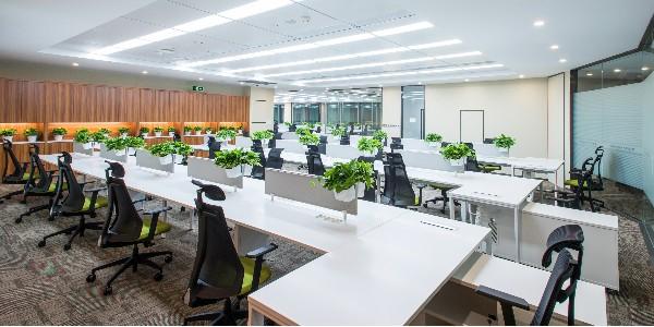 长沙办公家具厂应从这个几个方面加深客户信任度