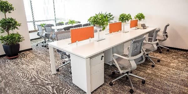 长沙办公家具厂家告诉你的家具摆放技巧