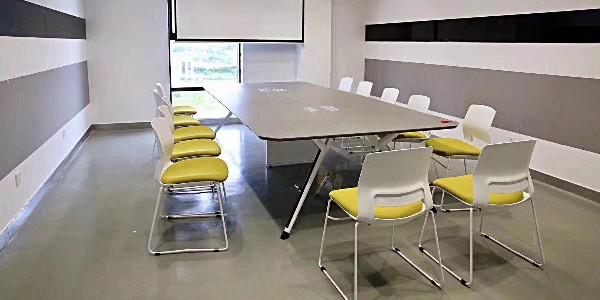 想要时尚办公空间,长沙办公家具如何选择?