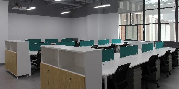 长沙办公家具厂告诉你秋季要提前做好对办公家具的维护