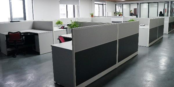 遇见这样挑选长沙办公家具的顾客,老板亏大了……